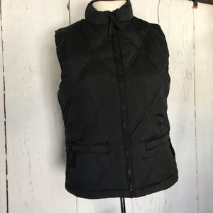 GAP black down puffer vest